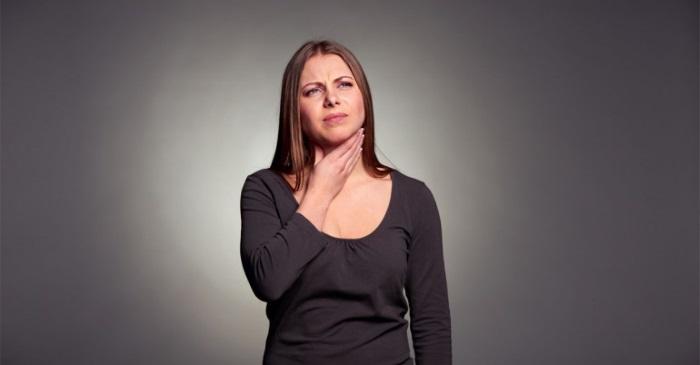 Основным симптомом кардиоспазма пищевода является нарушение глотания