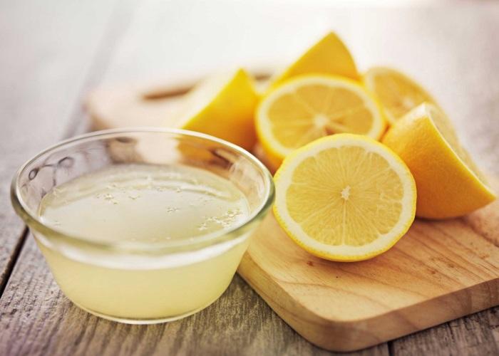 Народная медицина советует использовать лимон как средство от изжоги