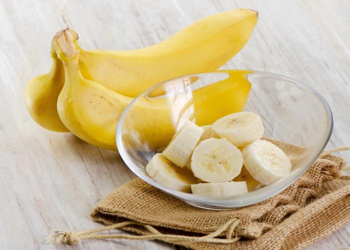 Не рекомендуется есть бананы на голодный желудок