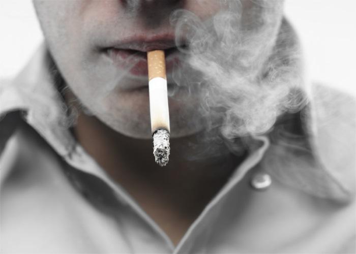 Табак способствует возникновению изжоги