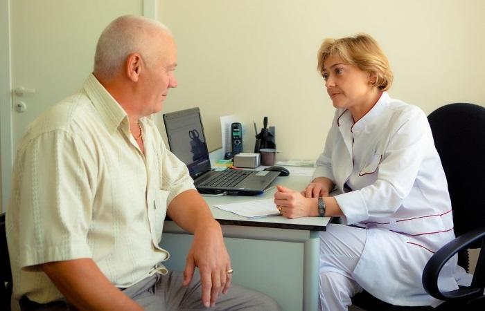 При периодических приступах изжоги необходимо обратиться к врачу