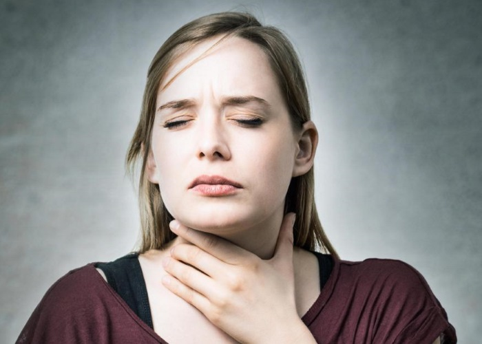 При лейомиоме пищевода пациенты жалуются на затруденное глотание