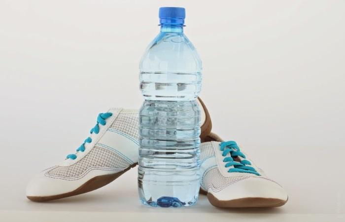 Во время занятий спортом полезно пить обычную воду