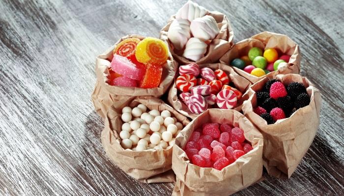 Химические добавки в сладостях отрицательно сказываются на работе ЖКТ