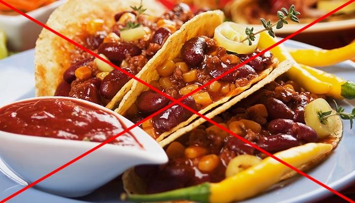 При проблемах с пищеварением надо соблюдать специальную диету