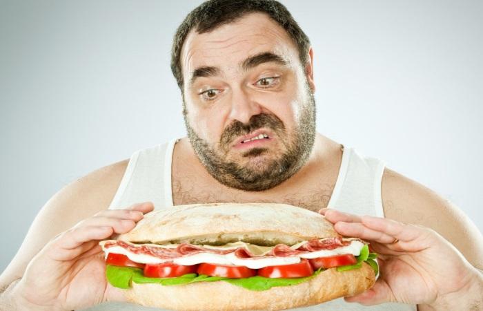 Один из факторов риска ГЭРБ – неправильное питание