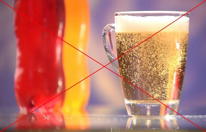 Газированные напитки надо исключить