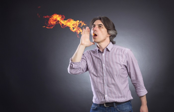 От чего бывает изжога и как с ней бороться?